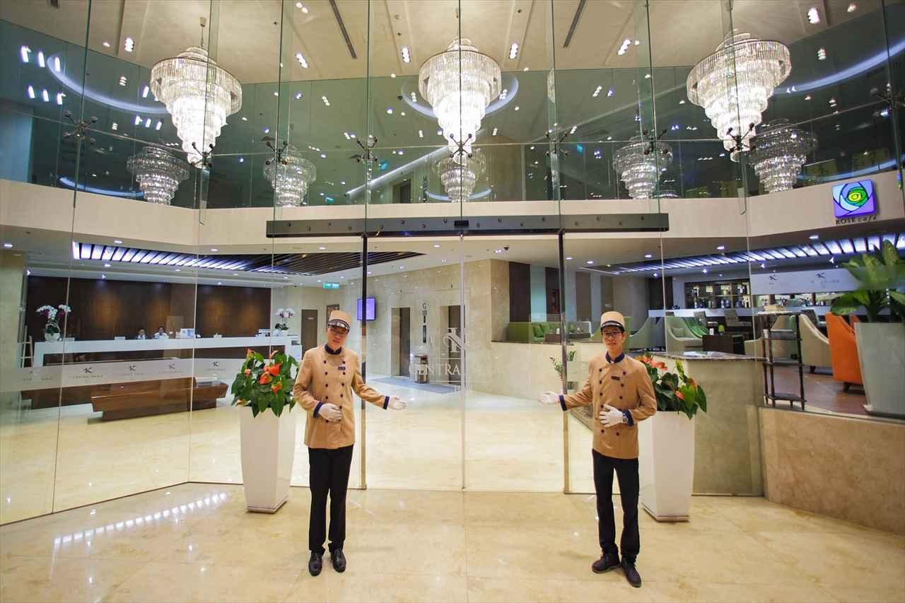 ホーチミンのセントラルパレスホテルの写真