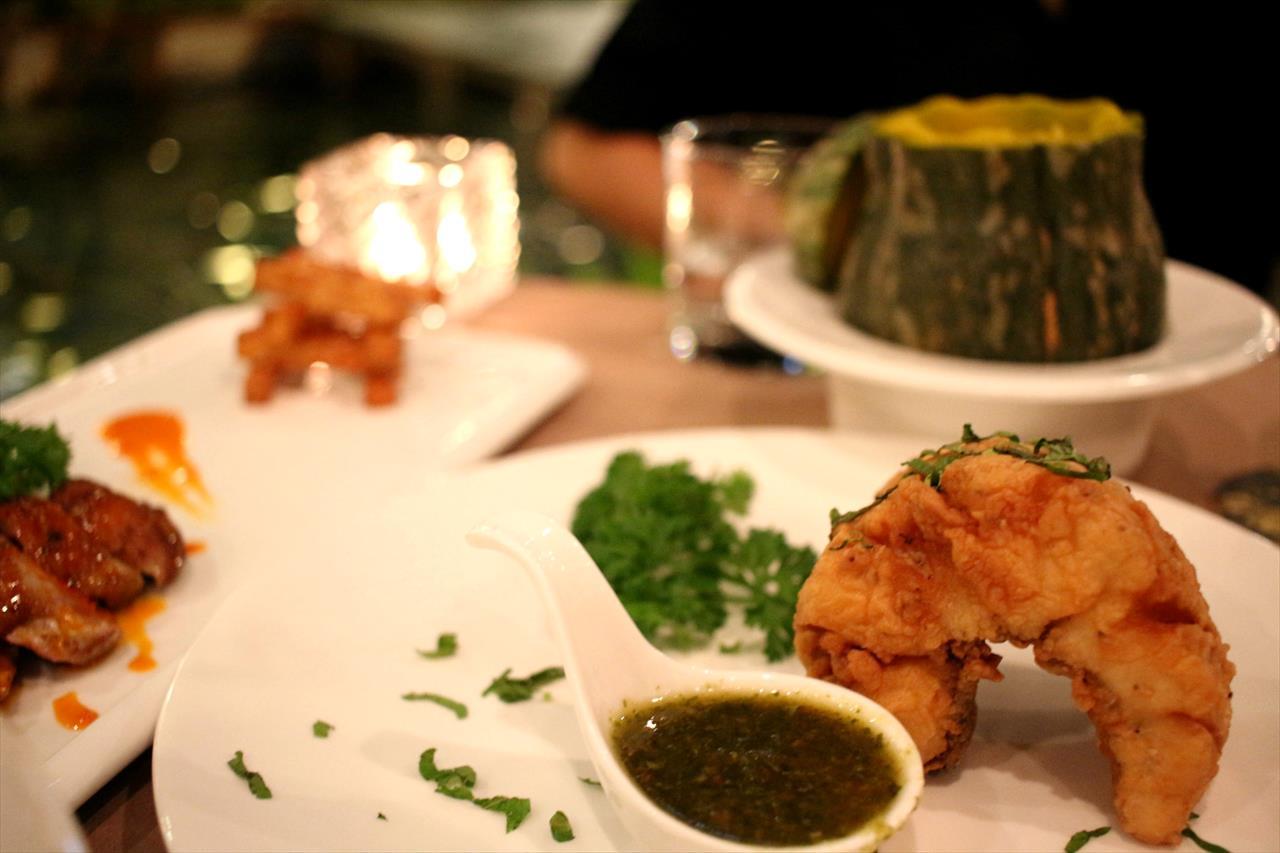 豪華な料理もベトナムではリーズナブル