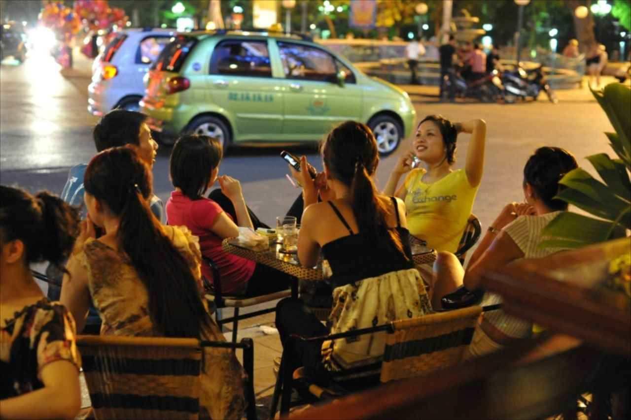 ベトナムの暑い夜